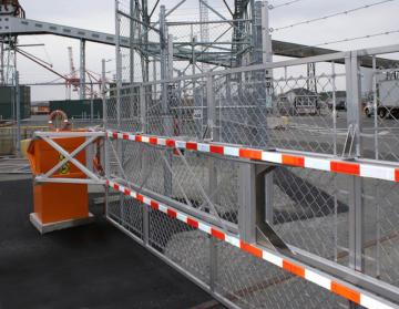 fenced barrier blg 77
