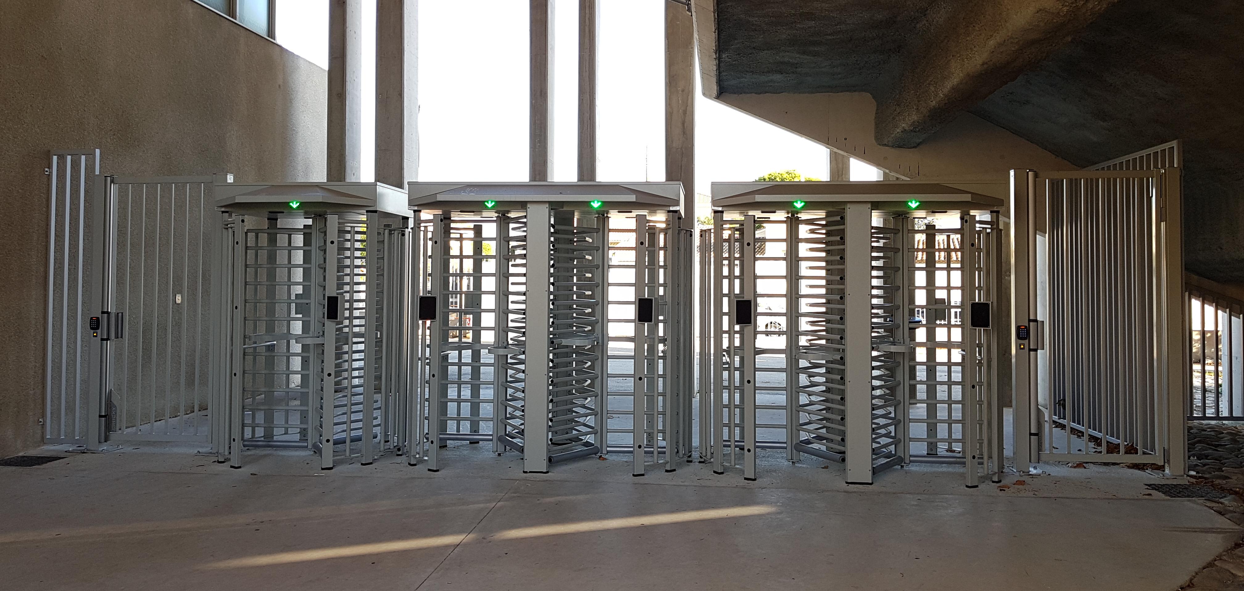 TRS full-height turnstile
