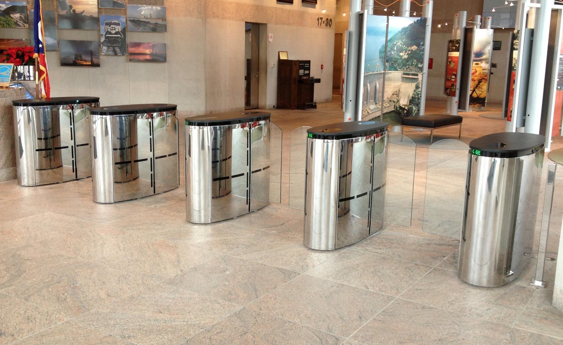 SmartLane 900 NAM Security Entrance Lane Automatic Systems